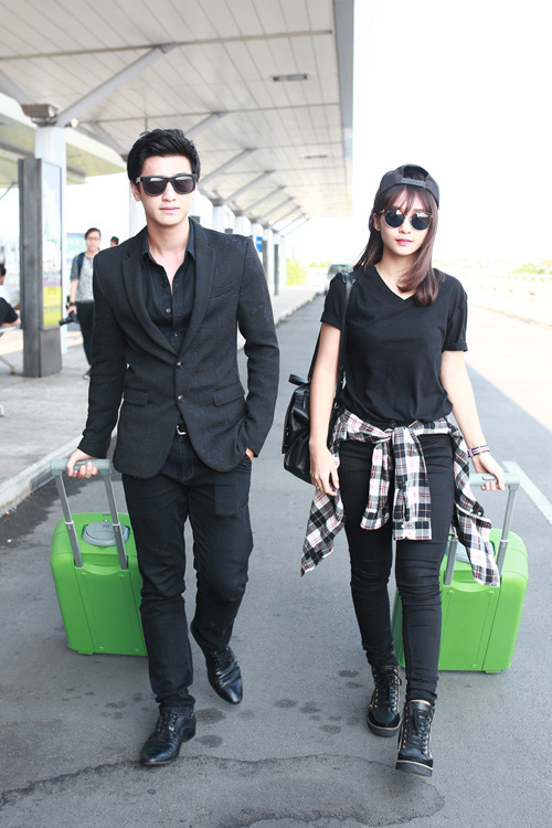 """""""Soi"""" thời trang của hot girl Việt ở sân bay đông đúc - 9"""
