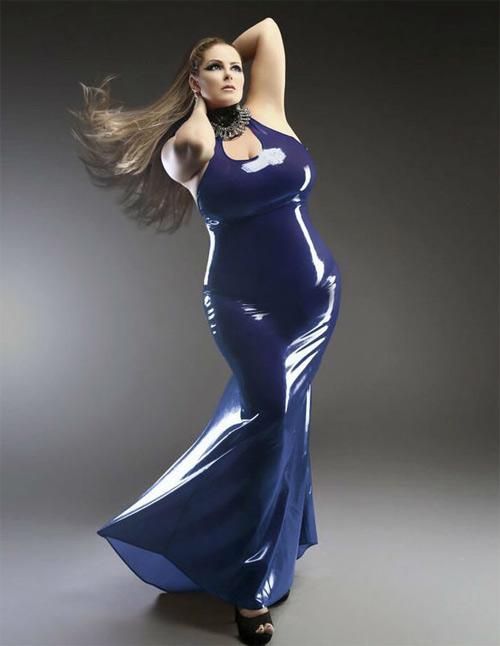 Mẫu béo xinh đẹp từng bị kỳ thị vì vòng 1 quá lớn - 3