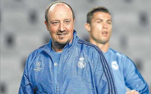 """Căng thẳng leo thang, Ronaldo """"tuyệt giao"""" với Benitez - 2"""