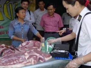 Thị trường - Tiêu dùng - Thịt bơm nước tràn lan, làm cách nào để tránh?