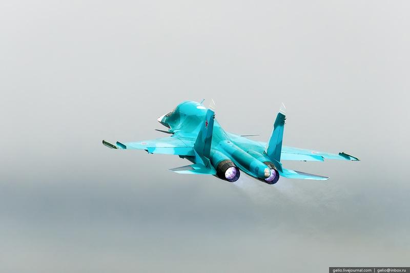 Thâm nhập nơi lắp ráp máy bay cường kích Su-34 - 11