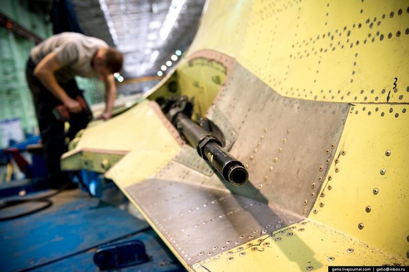 Thâm nhập nơi lắp ráp máy bay cường kích Su-34 - 4