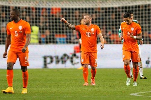 Kazakhstan - Hà Lan: Ở thế chân tường - 1