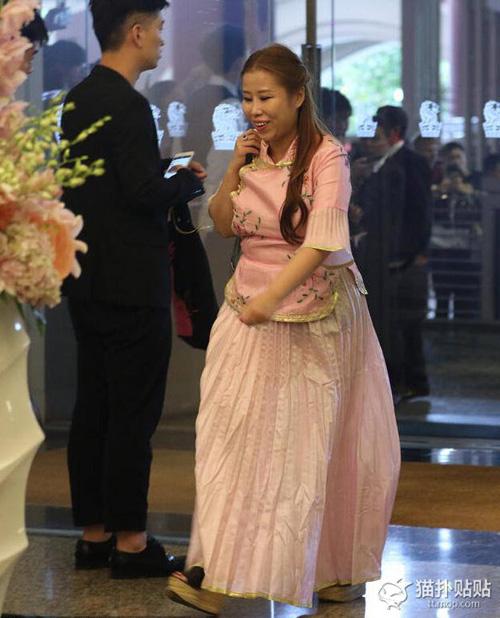 Váy phù dâu trong lễ cưới Angelababy bị chê rẻ tiền - 3