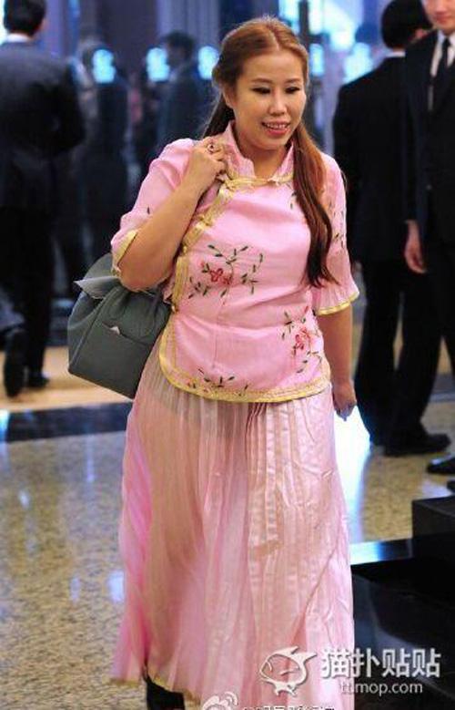 Váy phù dâu trong lễ cưới Angelababy bị chê rẻ tiền - 4