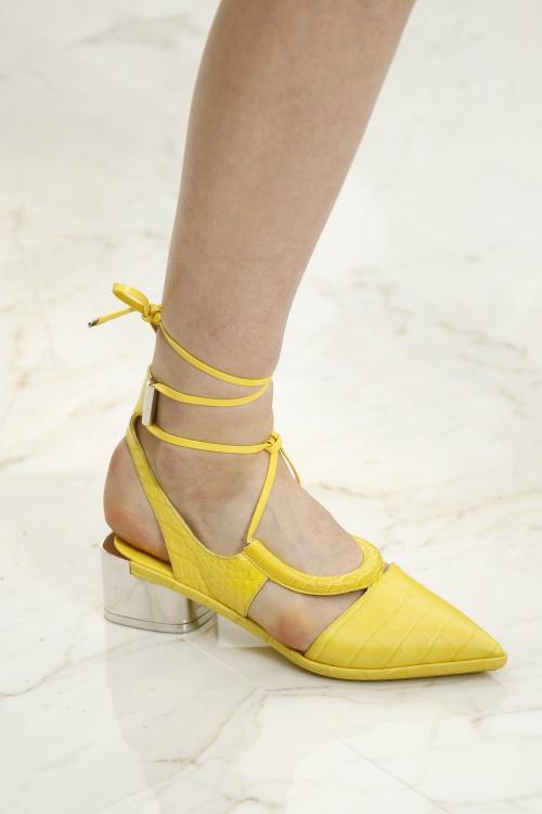 Salvatore gây thổn thức với những đôi giày đẹp mĩ mãn - 1