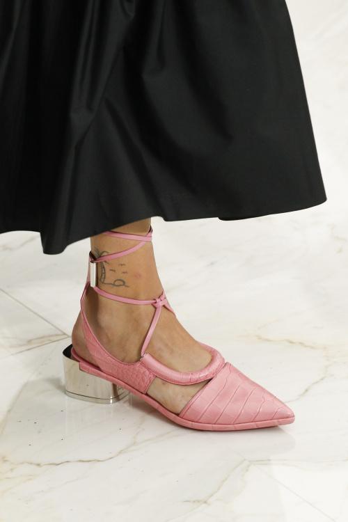 Salvatore gây thổn thức với những đôi giày đẹp mĩ mãn - 2