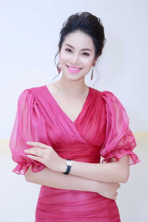 """Nhan sắc """"lai Tây"""" đẹp mê hồn của dàn hoa hậu Việt - 4"""