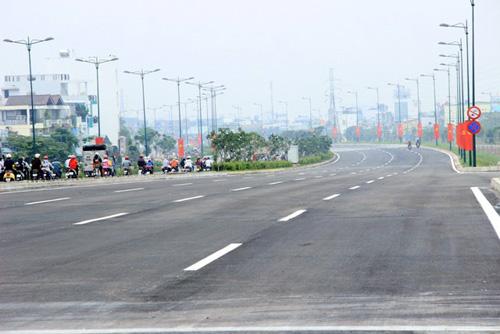 Thông xe cầu Gò Dưa trên đại lộ đẹp nhất TP.HCM - 2