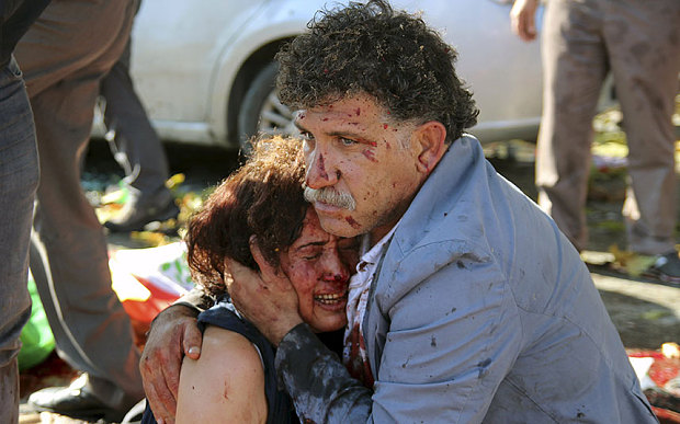 Đánh bom kép rung chuyển Thổ Nhĩ Kỳ, ít nhất 156 người thương vong - 1