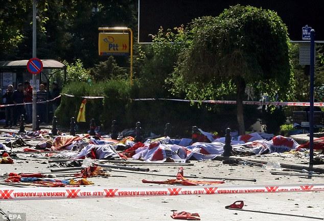 Đánh bom kép rung chuyển Thổ Nhĩ Kỳ, ít nhất 156 người thương vong - 3