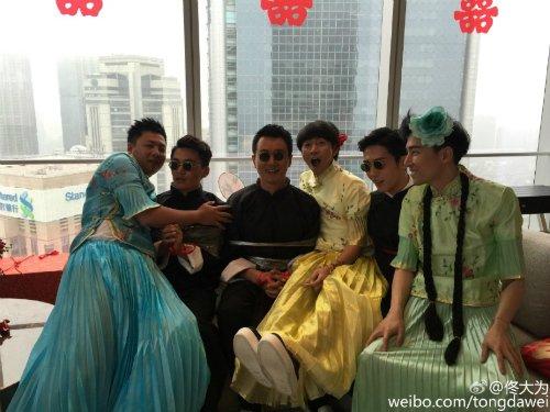 Tranh cãi về đám cưới xa hoa của Huỳnh Hiểu Minh - 4