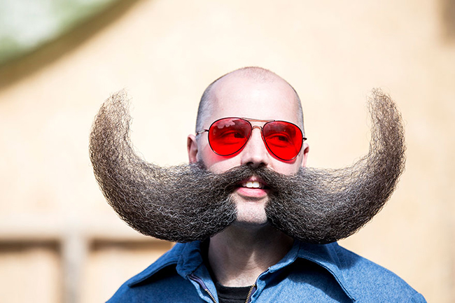 World Beard  & amp; Moustache Championships 2015 là cuộc thi tìm ra người sở hữu bộ râu và ria mép đẹp nhất thế giới.