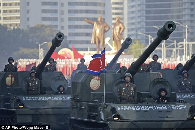 """Soi loạt vũ khí """"khủng"""" trong lễ duyệt binh lịch sử của Triều Tiên - 3"""