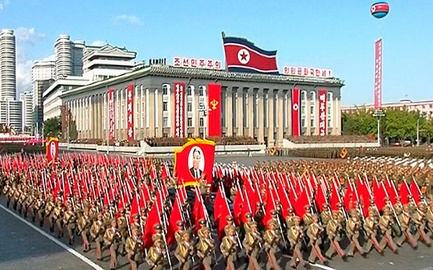 """Soi loạt vũ khí """"khủng"""" trong lễ duyệt binh lịch sử của Triều Tiên - 9"""