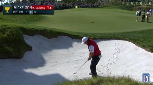 Golf: Pha ghi điểm siêu đẳng từ hố cát - 1