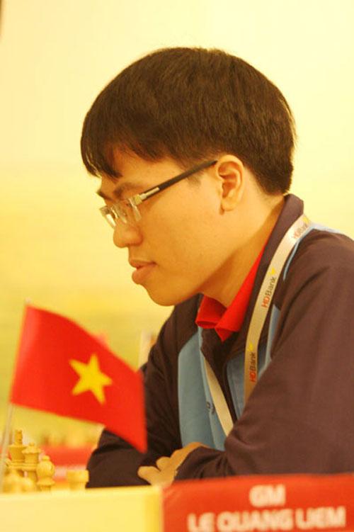 Quang Liêm trở lại nhóm siêu đại kiện tướng - 1