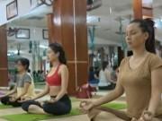 """Thể thao - """"Say mê"""" Yoga, người Việt đẩy lùi bệnh tật"""
