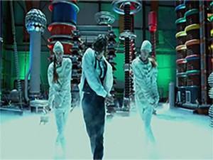 Video phim: Nhảy múa trong... phòng nghiên cứu hóa học