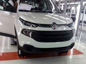 Fiat Toro 2016 sẽ chính thức lên kệ vào năm tới