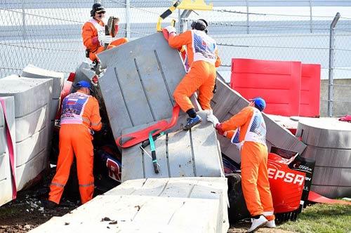 Tay đua sống sót thần kỳ sau tai nạn kinh hãi ở Russian GP - 4