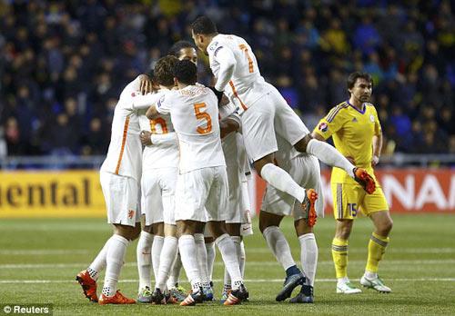 """Kazakhstan - Hà Lan: Trận """"chung kết"""" đầu tiên - 1"""