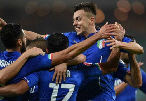 Azerbaijan – Italia: Nước Pháp vẫy gọi - 1