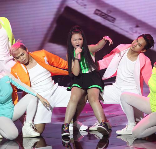 Đức Phúc nhảy múa tưng bừng cùng thí sinh The Voice Kids - 7