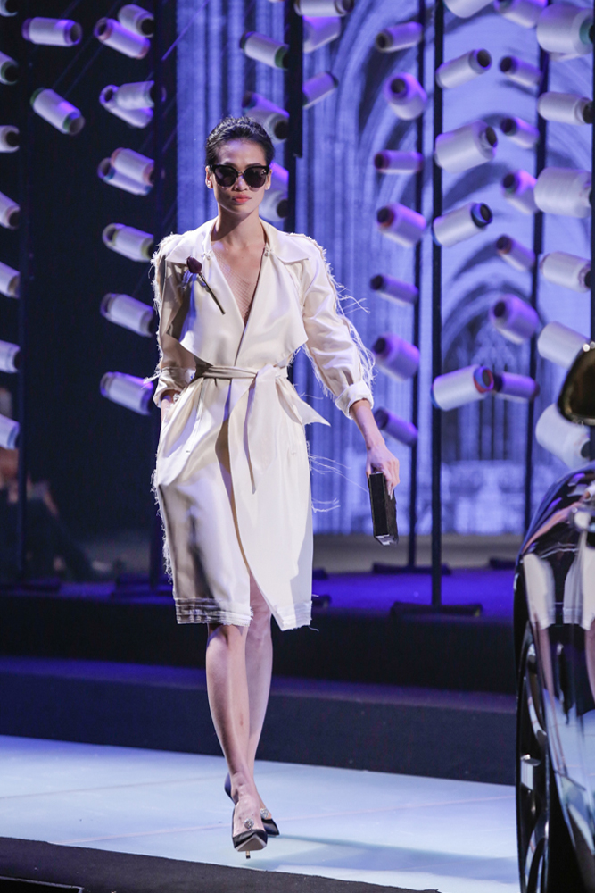 Thanh Hằng hóa chiến binh, làm vedette tại Elle Show - 6