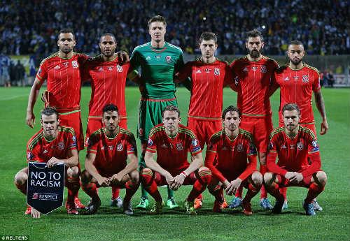 Dự Euro sau 58 năm, xứ Wales của Bale tưng bừng mở hội - 1