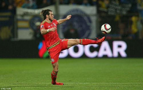 Dự Euro sau 58 năm, xứ Wales của Bale tưng bừng mở hội - 4