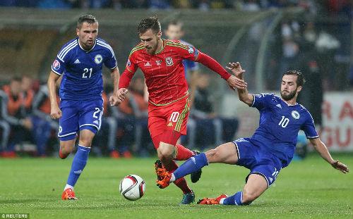 Dự Euro sau 58 năm, xứ Wales của Bale tưng bừng mở hội - 3