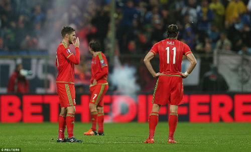 Dự Euro sau 58 năm, xứ Wales của Bale tưng bừng mở hội - 6