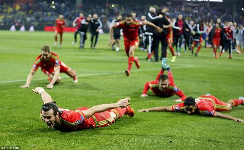 Dự Euro sau 58 năm, xứ Wales của Bale tưng bừng mở hội - 7
