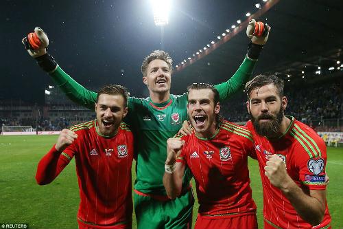 Dự Euro sau 58 năm, xứ Wales của Bale tưng bừng mở hội - 8