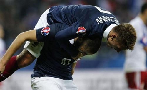Real lại nhận hung tin: Mất Benzema, lo cho Modric - 1