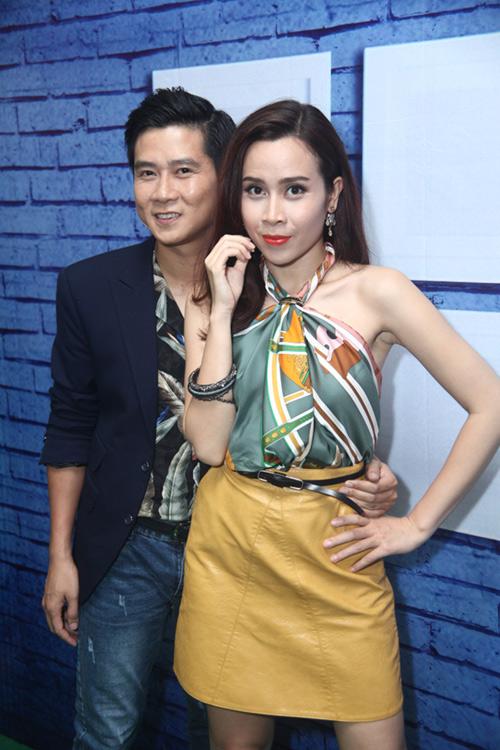 Lưu Hương Giang khoe lưng trần nuột nà - 2