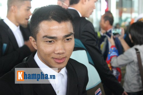 """""""Messi Thái Lan"""" háo hức so tài Công Phượng - 1"""