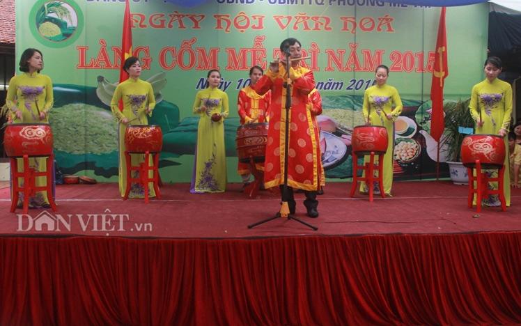 Hương cốm ngào ngạt trong ngày hội làng cốm Mễ Trì - 1