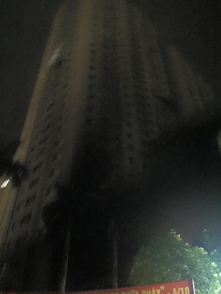 HN: Cháy lớn tại khu đô thị Xa La, nhiều người ngạt khói - 4