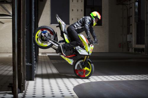 """Soi """"chất lừ"""" của siêu xe mô-tô Concept Stunt G 310 - 4"""