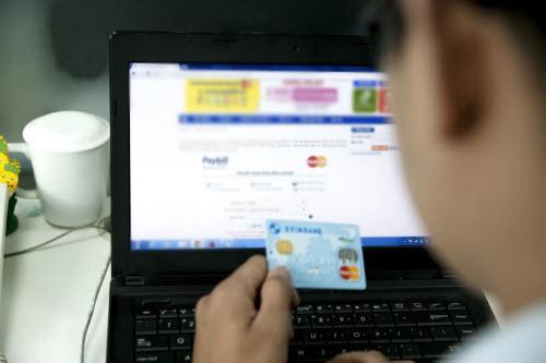 Cuộc chiến thanh toán hóa đơn trực tuyến - 1