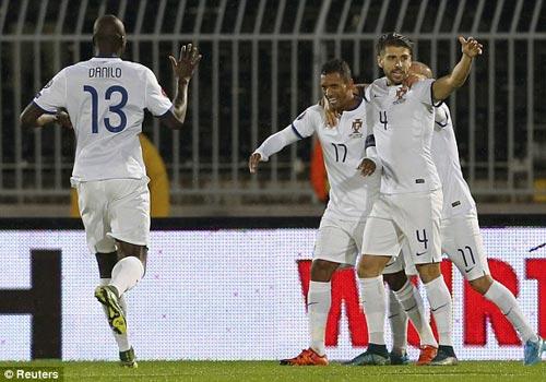 Serbia - Bồ Đào Nha: Khỏa lấp khoảng trống Ronaldo - 3