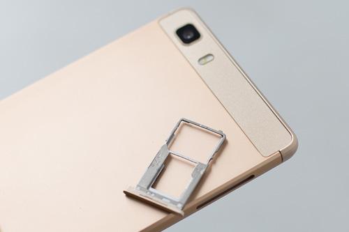 Smartphone lõi tứ siêu mỏng giá rẻ dịp cuối năm - 4