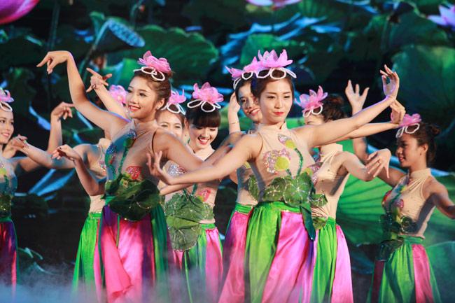 Nữ sinh Công Nghiệp giành ngôi Hoa khôi Sinh viên HN 2015 - 9