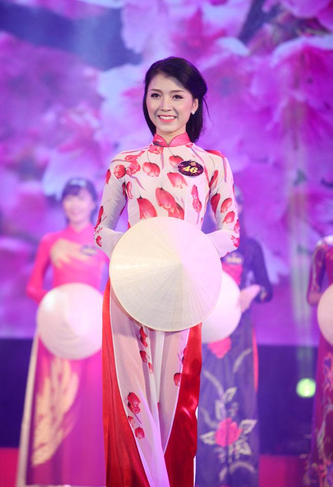 Nữ sinh Công Nghiệp giành ngôi Hoa khôi Sinh viên HN 2015 - 11