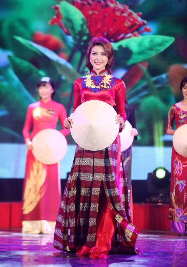 Nữ sinh Công Nghiệp giành ngôi Hoa khôi Sinh viên HN 2015 - 13