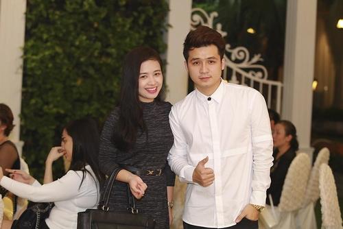 Vợ chồng Tuấn Hưng đến mừng đám cưới Vũ Duy Khánh - 12