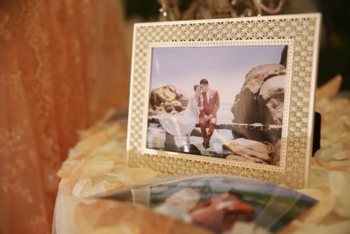 Vợ chồng Tuấn Hưng đến mừng đám cưới Vũ Duy Khánh - 8