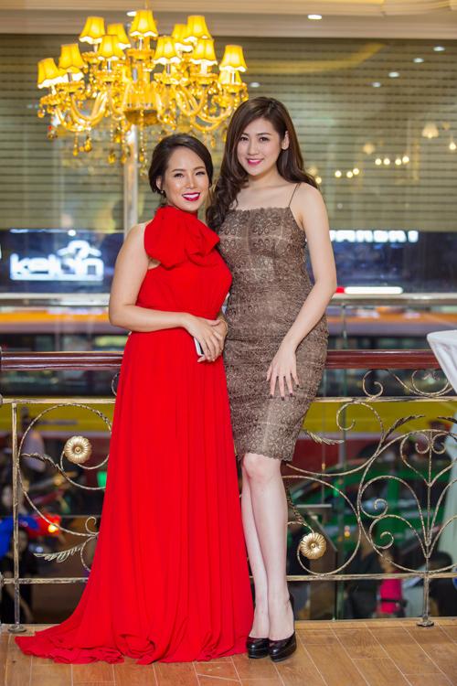 Siêu mẫu Thái Hà xinh đẹp ngày trở lại - 8